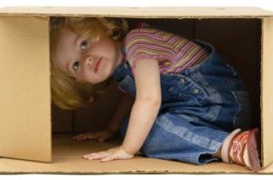 La tana: ecco perché le bambine e i bambini ne hanno bisogno