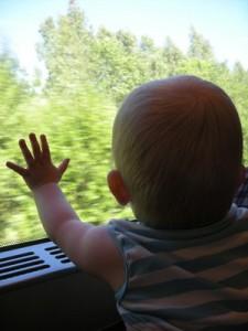 mamme e bambini finestrino pullman