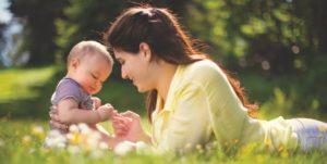 Capitalismo Vs genitori a tempo pieno: cos'è meglio per i figli?