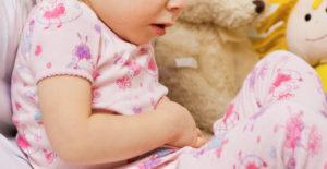 La diarrea nei bambini: rimedi omeopatici e fitoterapia per curarla