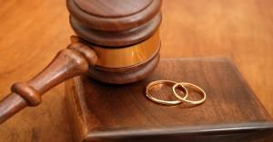 Genitori separati, il divorzio breve è legge