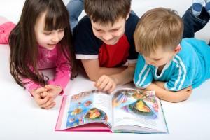 Libri e bambini a scuola