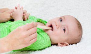Il mal di gola nei bambini: curiamolo con l'omeopatia