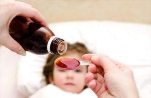 Bambini: il pediatra dice no alle medicine inutili