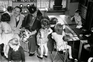 Pedagogia Montessori per educare il bambino alla pace