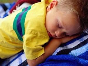 Anche il sonno dei bambini può essere disturbato