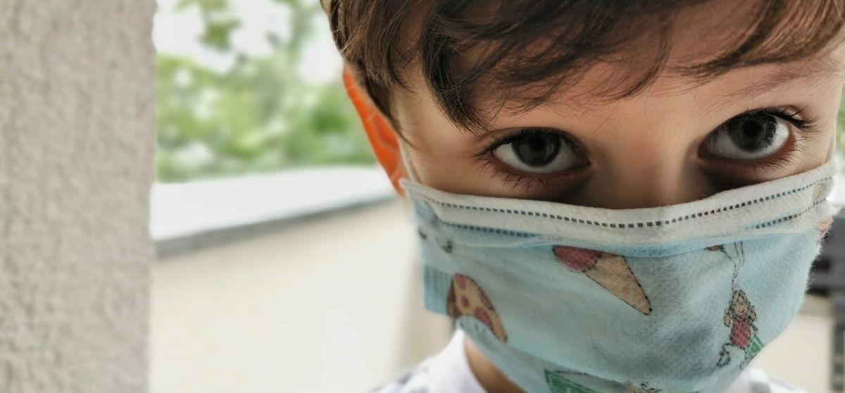 La mascherina protegge davvero?