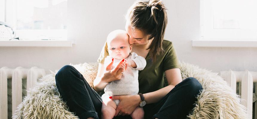 «Care mamme» lettera aperta di Elena Balsamo ai tempi del coronavirus