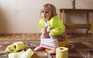 """SOS Mamma: """"Tante critiche, perché sto ancora spannolinando la mia bimba di 3 anni, come fare?"""""""