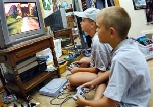 Bambini e tv: ecco gli effetti sul loro sviluppo