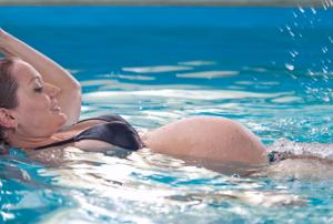 bambino acqua gravidanza naturale