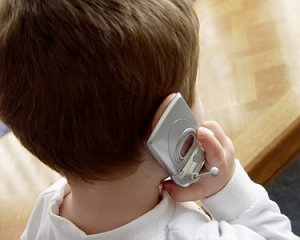 Stop ai cellulari a scuola: ecco le nuove regole
