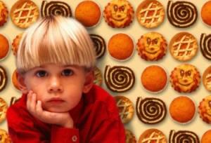 bambini cibo merendine