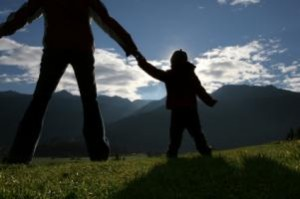Camminare con i bambini, diventare genitori