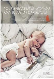 cartellone contro dormire con bambino