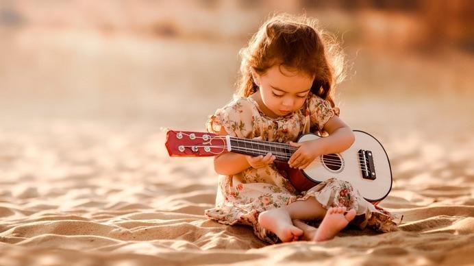 Sviluppare la creatività dei bambini, ecco cosa fare e cosa NON fare