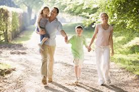 crescere bambini famiglia felice