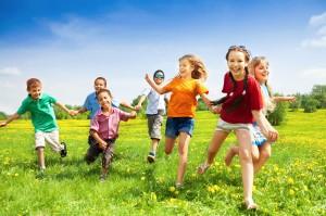 diritti-bambini-giocano