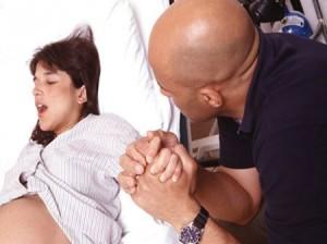 dolore parto naturale unisce la coppia