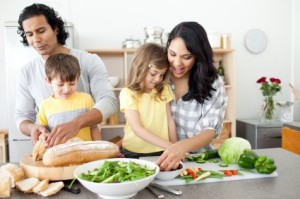 bisogni bambini cucina con genitori