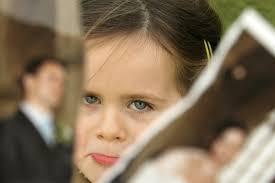 genitore separato bambina foto strappata