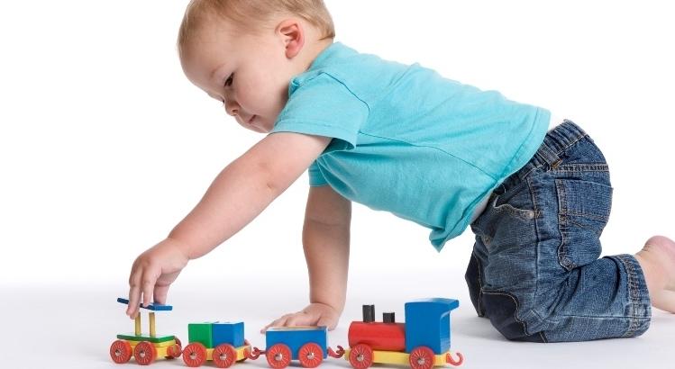 Giochi per i bambini, meglio pochi ma buoni