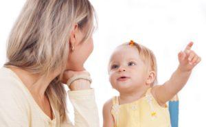 Sviluppo del linguaggio del bambino: 12 strategie e consigli utili