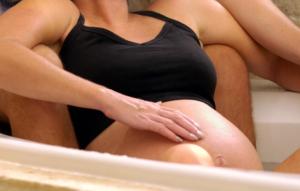 parto naturale posizioni travaglio