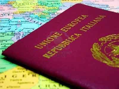 Mantenimento dei figli e ritiro del passaporto