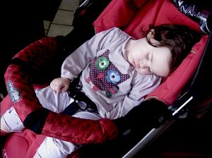 """SOS Mamma: """"Il mio bambino si addormenta solamente nel passeggino"""""""