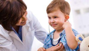 Malattie pediatriche: relazione medico-paziente, dalla cura al prendersi cura