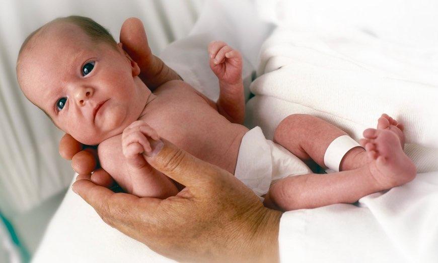 Il massaggio al neonato prematuro: come predisporre l'ambiente adeguato