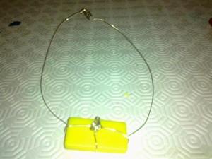 Riciclo della plastica: facciamo una collana
