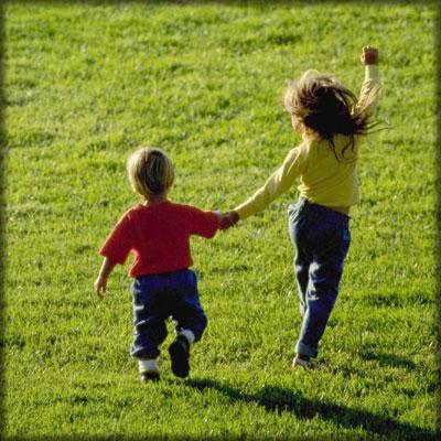 La salute dei bambini in una passeggiata