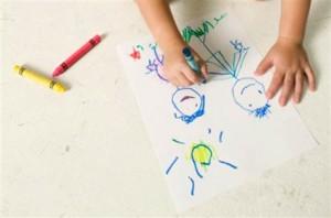 scuola a casa disegnare con pastelli