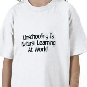 maglietta scuola a casa
